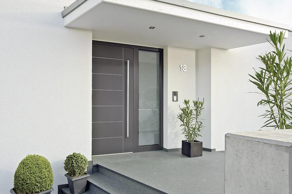 die haust r ist das tor zur wohnwelt moderne haust ren. Black Bedroom Furniture Sets. Home Design Ideas